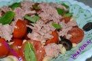 Салат из томатов черри, тунца и фасоли