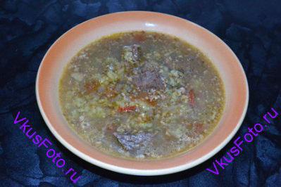 Снять суп с плиты и настаивать 30 минут.