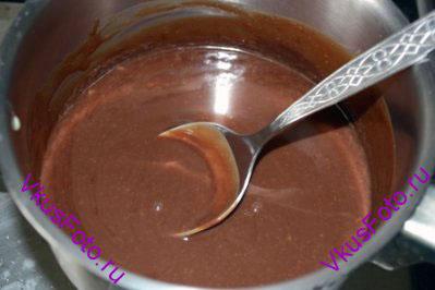 И перемешивать пока шоколад не растворится и ганаш не приобретет однородность.