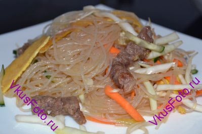 Китайский салат с фунчозой пошаговое фото