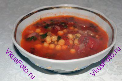 Подавать суп, украсив петрушкой или другой зеленью.